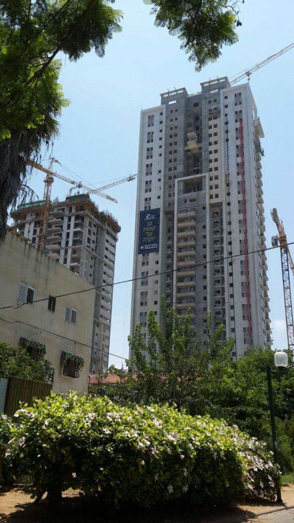 פרויקט עבודות אינסטלציה כללית לבנין 32 קומות, 5 מרתפים